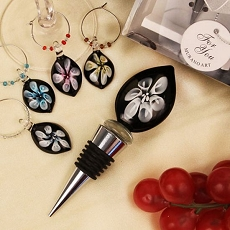 Lilies In Bloom Glass Bottle Stopper/Wine Charm Set