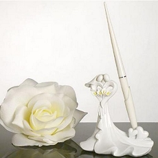 Bride and Groom Pen Set