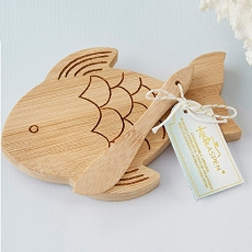 Fish Shaped Cheeseboard & Spreader