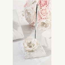 Lillian Rose Vintage White Lace Pen Set
