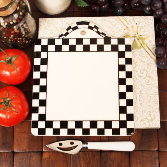 Black and White Trivet with Knife