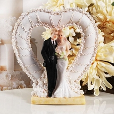 Wedding Heart Figurine/Cake Topper