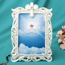 Stunning Pearl White Cross Frame - 4 X 6 - Fashioncraft