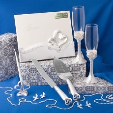 Engraved Interlocking Heart Themed Wedding Day Accessory Set
