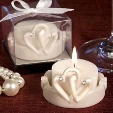 Interlocking Hearts Candle