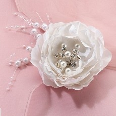 Lillian Rose Vintage White Flower Hair Clip